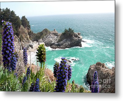Paradise Cove Metal Print by Digartz - Thom Williams