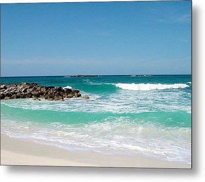 Metal Print featuring the photograph Paradise Island by Gary Wonning