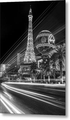 Paris In Las Vegas Strip Light Show Bw Metal Print by Susan Candelario
