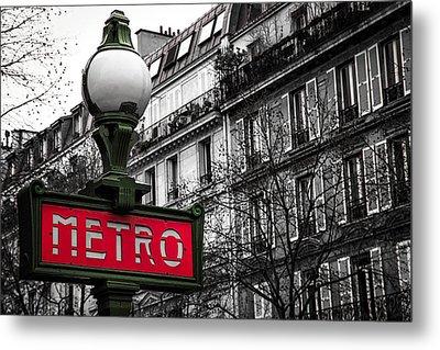 Paris Metro In Color Metal Print
