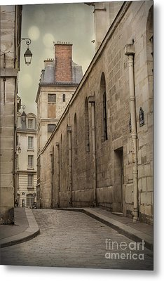 Parisian Street Metal Print by Juli Scalzi