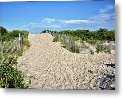 Metal Print featuring the photograph Pathway To The Beach - Delaware by Brendan Reals