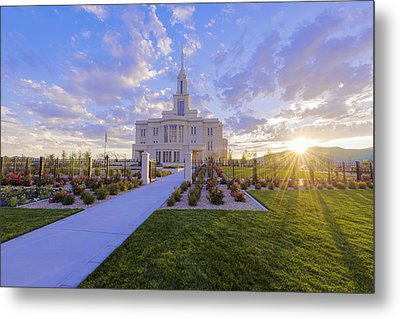 Metal Print featuring the photograph Payson Temple I by Chad Dutson