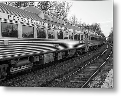 Metal Print featuring the photograph Pennsylvania Reading Seashore Lines Train by Terry DeLuco