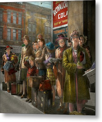People - People Waiting For The Bus - 1943 Metal Print