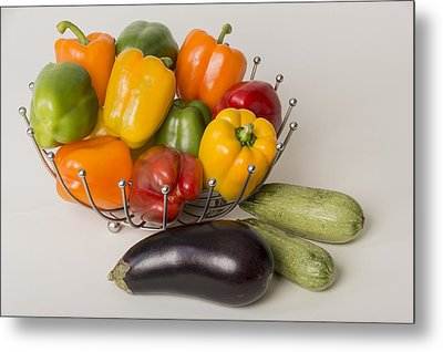 Pepper To Squash Metal Print by Laura Pratt