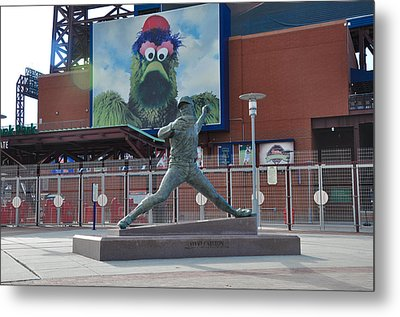 Phillies Steve Carlton Statue Metal Print by Bill Cannon