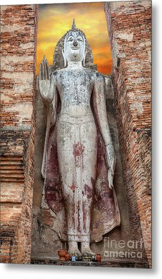 Phra Attharot Buddha Metal Print by Adrian Evans