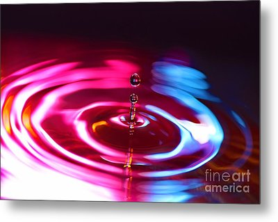 Physics Of Water 1 Metal Print by Jimmy Ostgard