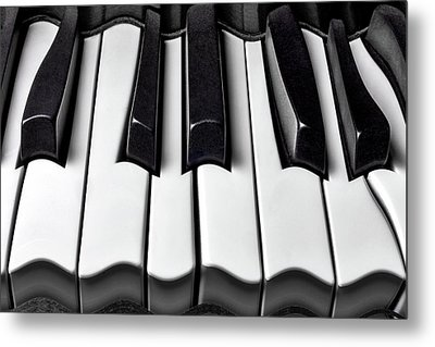 Piano Wave Black And White Metal Print by Garry Gay