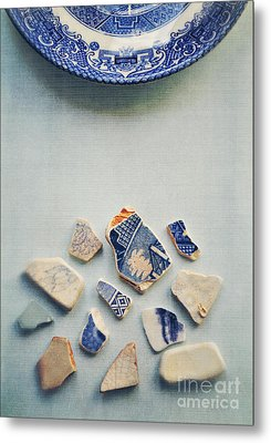 Picking Up The Broken Pieces Metal Print by Lyn Randle