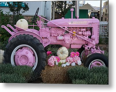 Pigeon Forge Tractor Metal Print by Laurie Perry