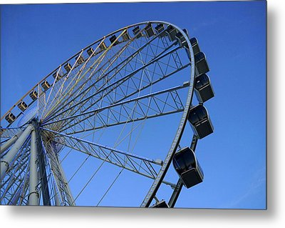 Pigeon Forge Wheel Metal Print by Laurie Perry