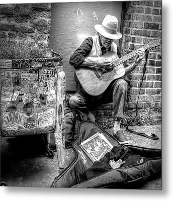Pike Market Solo Metal Print by Greg Sigrist