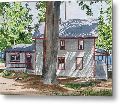 Pinehurst Cottage Metal Print by Karol Wyckoff