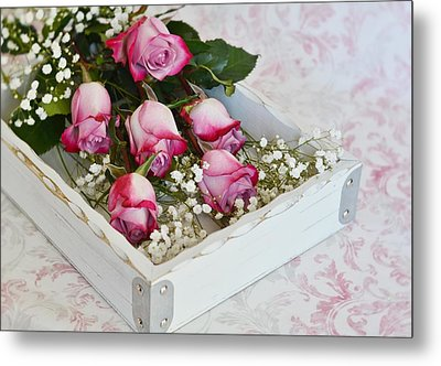 Pink And White Roses In White Box Metal Print