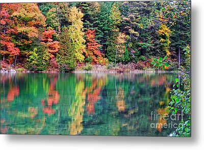 Pink Lake Fall Color Reflections Metal Print