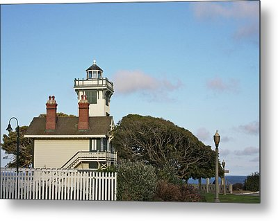 Point Fermin Light - An Elegant Victorian Style Lighthouse In Ca Metal Print by Christine Till