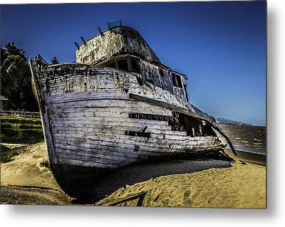 Point Reyes Ship Wreck Metal Print by Garry Gay