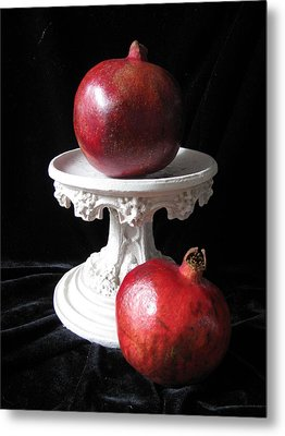 Pomegranate Deux Metal Print by Lindie Racz