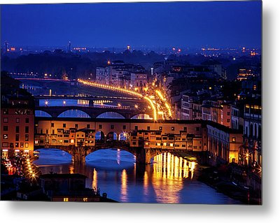 Ponte Vecchio At Twilight Metal Print by Andrew Soundarajan