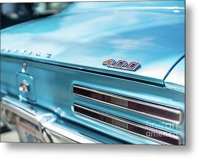 Pontiac Firebird 400 Closeup Metal Print by Mike Reid