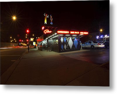Popular Chicago Hot Dog Stand Night Metal Print by Sven Brogren