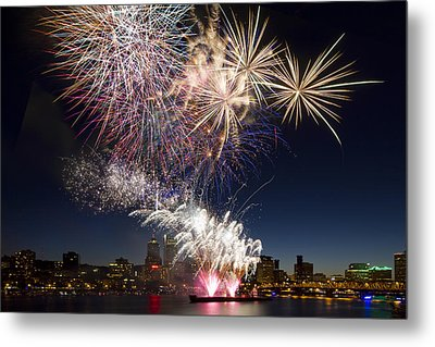 Portland Oregon Fireworks Metal Print by David Gn