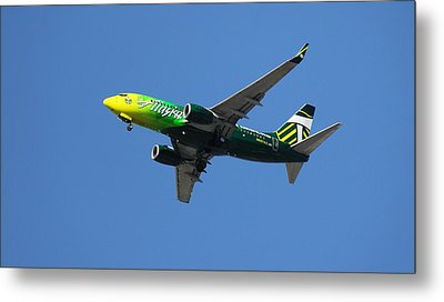 Airplane Metal Print featuring the photograph Portland Timbers - Alaska Airlines N607as by Aaron Berg