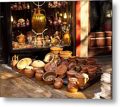Pottery In The Bazaar Metal Print by Rae Tucker