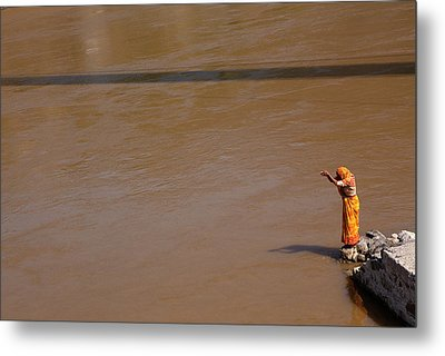 Praying On  Banks Of Holy Ganges In Rishike Metal Print by Claude Renault