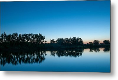 Metal Print featuring the photograph Predawn At Arapaho Bend by Monte Stevens