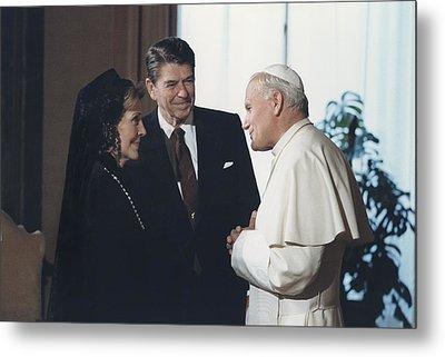 President And Nancy Reagan Meeting Metal Print