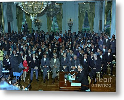 President Johnson Speaks To The Nation Metal Print by Science Source