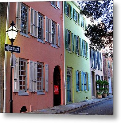 Pretty Lane In Charleston Metal Print by Susanne Van Hulst