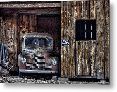 Private Parking Metal Print by Ken Smith