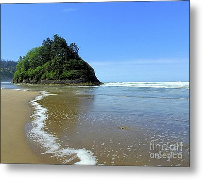 Proposal Rock Coastline Metal Print