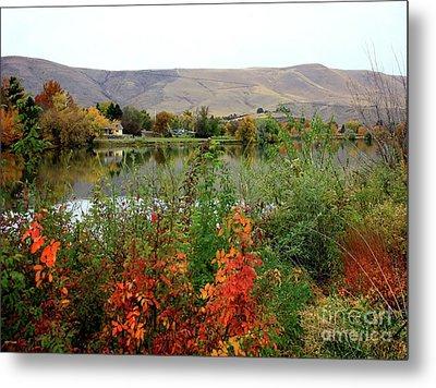 Prosser Autumn River With Hills Metal Print by Carol Groenen