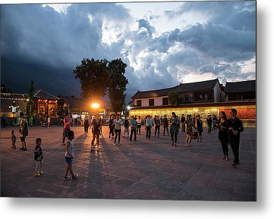 Metal Print featuring the photograph Public Dancing by Wade Aiken