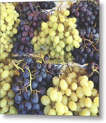 Purple And Green Grapes Metal Print by Ivy Ho