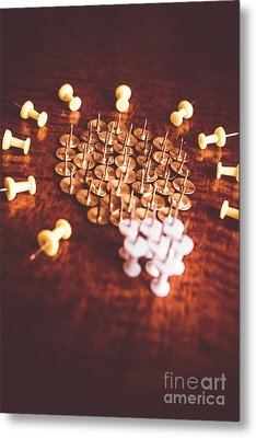 Pushpins And Thumbtacks Arranged As Light Bulb Metal Print