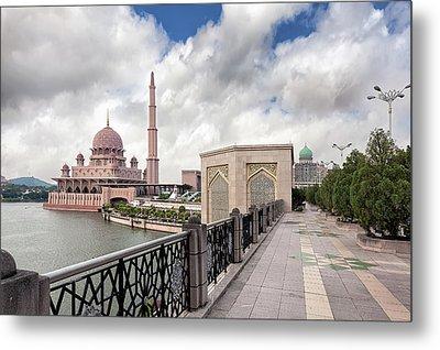 Putra Mosque Metal Print by David Gn