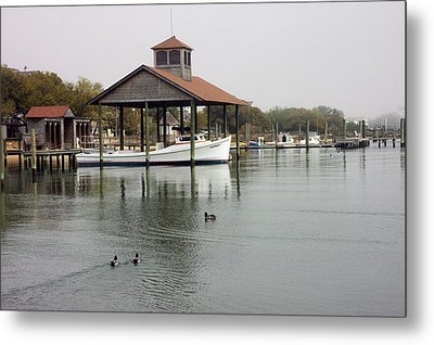 Quiet Cove Metal Print by Cathy Dixson