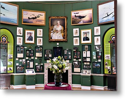 Metal Print featuring the photograph Raf Bentley Priory by Alan Toepfer