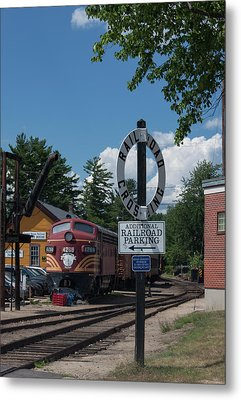 Railroad Crossing Metal Print by Suzanne Gaff
