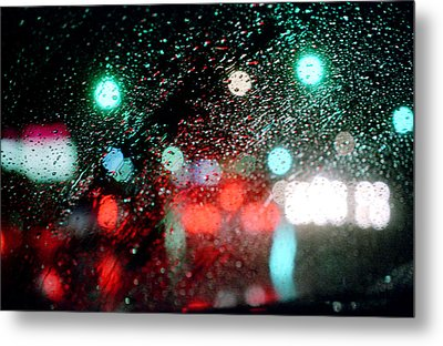 Rainy Day In The City Metal Print