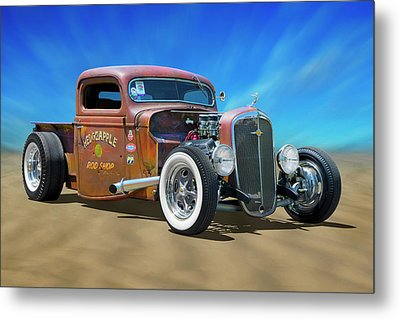 Metal Print featuring the photograph Rat Truck On The Beach by Mike McGlothlen