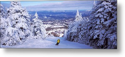 Rear View Of A Person Skiing, Stratton Metal Print by Panoramic Images