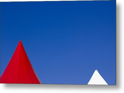 Red And White Triangles Metal Print by Prakash Ghai