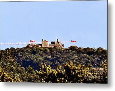 Red Arrows At Pendennis Castle Metal Print